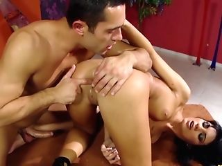 Latina Wifey Gets Her Arse Cleaned Good