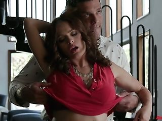 Faux Tittied Wifey Krissy Lynn Gives A Breastjob And Gets Her Snatch Smashed Hard