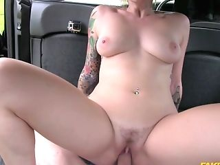 Ava Austen & John In Humid Underpants In Her Mouth And Fucked - Faketaxi
