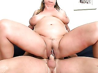 Chunky Matures Housewife Lily Gets Fucked Decently By Excited Stud