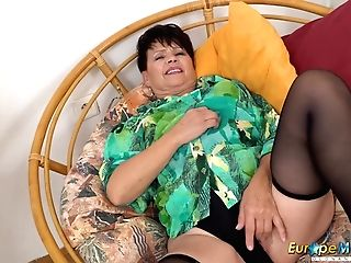 Europemature Hot Solo Getting Off With Vibro