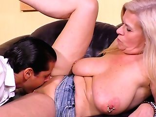 Matures Harlot With Big Saggy Tits Maria Montana Gets Her Muff Slammed