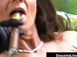 Smoking Hot Cougar Deauxma Bangs Her Cunt & Backside With A Cigar