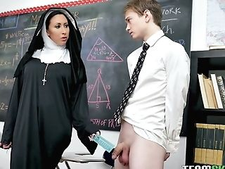 Sinful Nun In Sexy Stockings Lily Lane Squirts And Fucks Her Students