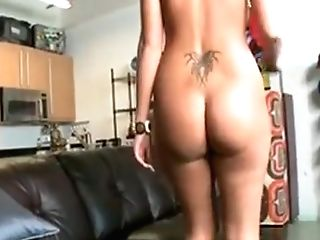 Oiled Gal Plays With Schlong Before Sensing It In Cunt