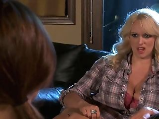 Sexy Blonde Cougar Stormy Daniels Bj's Dick Decently!