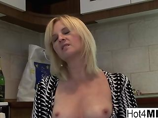 Joy Blonde Mummy Fucks A Junior Stud