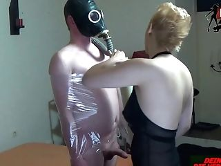 Brutal Deutsche Bondage & Discipline  Mummy Mit Folie U Athem Reduction