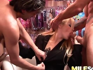 Alicia Rhodes Gets All Three Fuck Holes Inserted With Hard Knobs