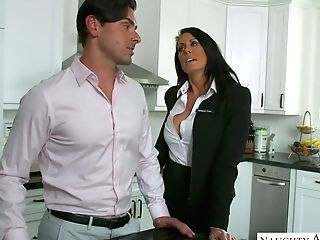 Killing Hot Cougar Reagan Foxx Entices Sumptuous Friend Of Her Stepson
