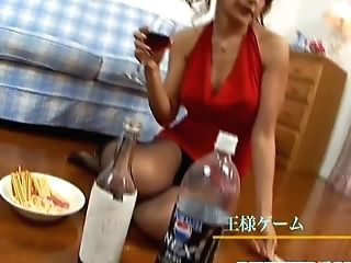 Hot Mummy Receives A Few Meatpipes In Her Cunny
